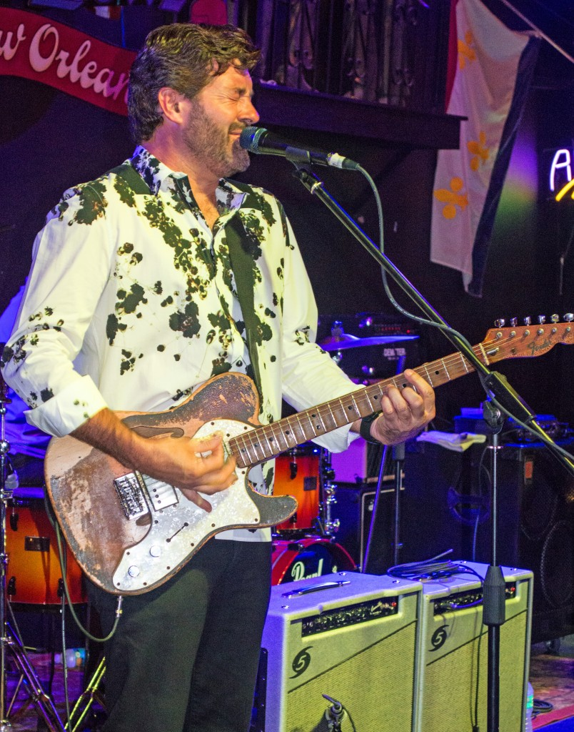 Tab Benoit In It To Win It